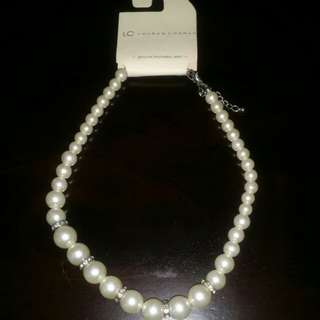Collar pearls necklace