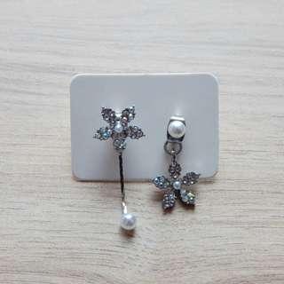 Elegant Korean Flower Pearl Earring