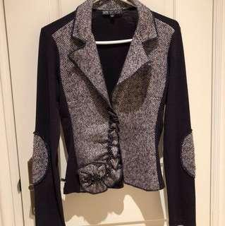 Beautiful vintage deep purple knit blazer