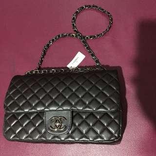 Chanel bag size medium