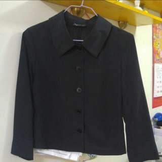 Agnes b 黑色恤衫