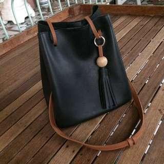 KOREAN SLING BAG 💕