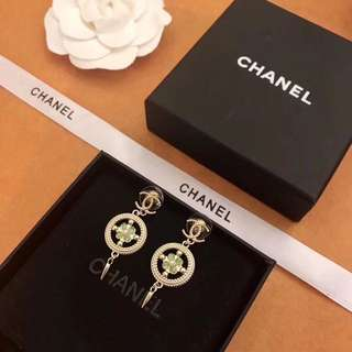 Chanel 小香圓形綠流蘇耳釘