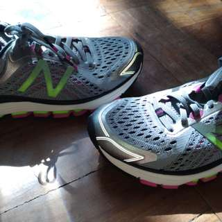 NB 1260v7 stability running shoes.