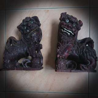 Antique hardwood lion pair sculptures $200
