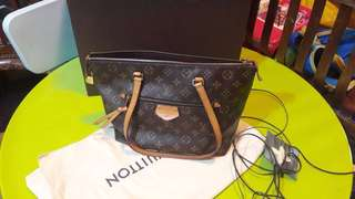Louis Vuitton Bag lena pm