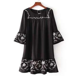 2018 European station fashion embroidery lotus leaf dress