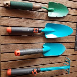 set of used high quality gardening tools