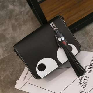 big eyes Messenger bag