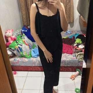 Jumpsuit hitam panjang