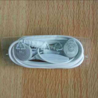 Authentic LG Earpiece Headphone