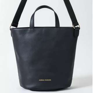 JOURNAL STANDARD黑色皮革圓桶托特包 日本雜誌兩用袋時裝