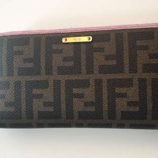 FENDI zipper wallet