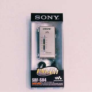 **徵收**  **徵收** **徵收** 有盒有耳機 DSE  Sony SRF-S84 Radio 收音機