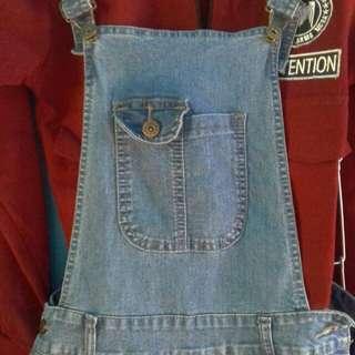 Jeans overall celana kodok