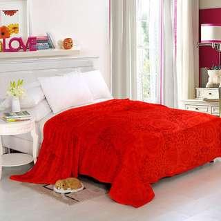 Selimut polyester merah kembang uk200x230