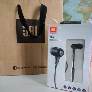 JBL E15 in ear headphones
