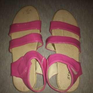 Wedges pink lucu