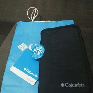 Columbia Travel / Passport Wallet with RFID