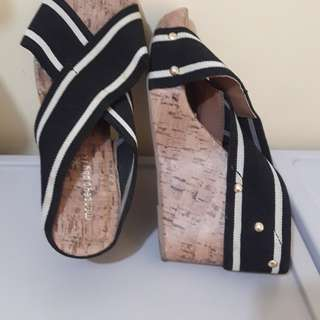 payless wedge...size 7...480 free shipping within metro manila...