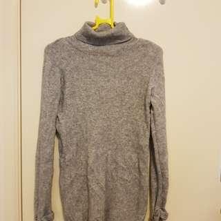 Grey turtle neck jumper