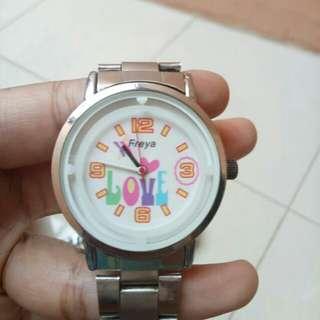Freya jam tangan