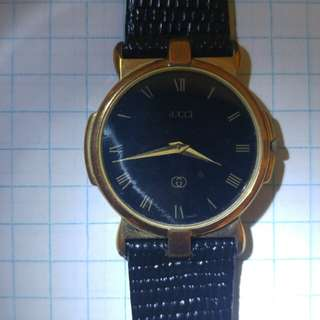 Mysterious Slim Gucci Dress Watch