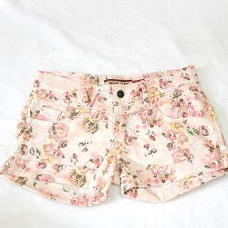 👧NEW FUTURE FLORAL SHORTS