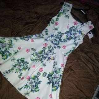 ANTALIA FLOWERY DRESS