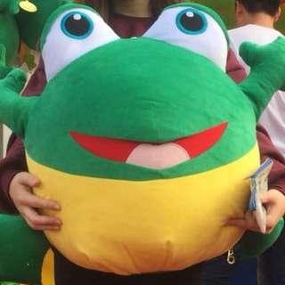 巨型青蛙公仔 cushion