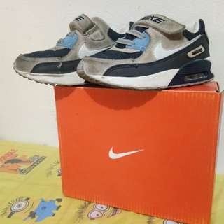 NIKE OEM FOR KIDS 2 TO 3 YEARS OLD