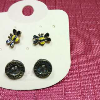 Brand New earring set (2 Pair)