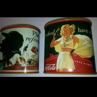 2 款 Coke 可口可樂經典廣告性感美女 Tin Box (全新) Coca Cola 經典漫畫人物