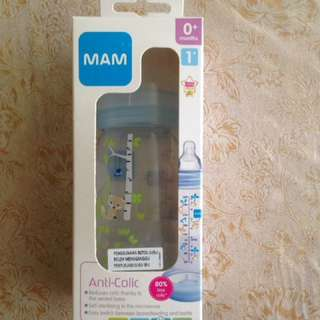 MAM anti colic bottle (with 0+ month slow flow silk teat)