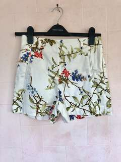 Preloved ZARA Floral Shorts