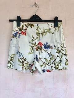 Preloved ZARA Floral Shorts