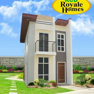 Single attach House and lot with Balcony