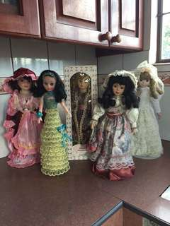 "Take all for 2,500 - 16"" Dolls"