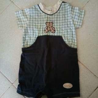 Baby onesire jumper
