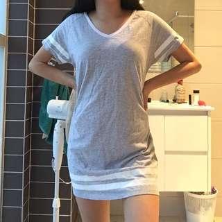 grey white stripe v neck t-shirt dress