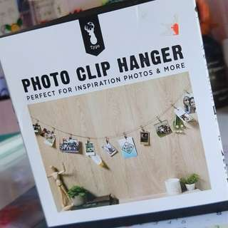 photo clip hanger