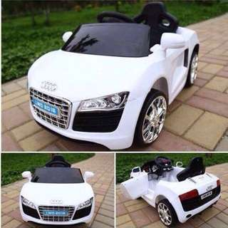 White Audi R8 Spyder 6V Battery Ride-On Convertible Sports Car