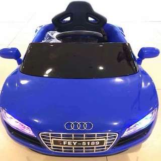 Blue Audi R8 Spyder 6V Battery Ride-On Convertible Sports Car