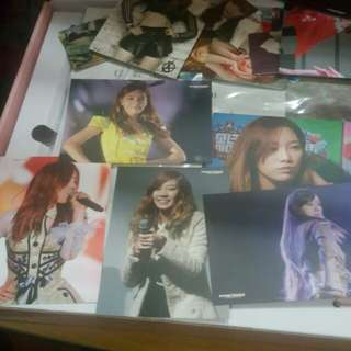 Taeyeon Official Flying Petals Photocards