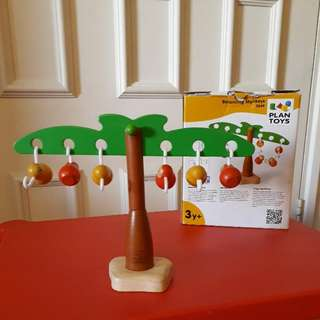 Balancing Monkeys by Plan Toys (wooden)
