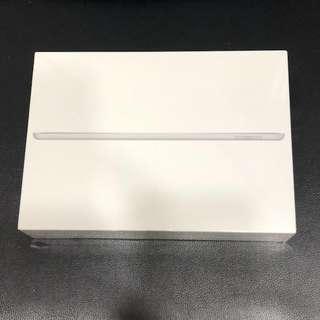 Ipad 128gb wifi + cellular (BNIB sealed)