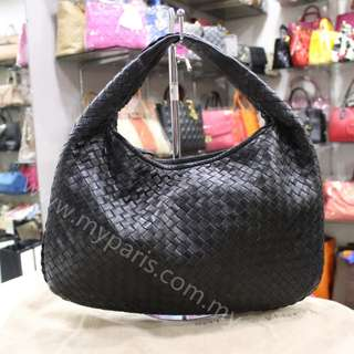 Bottega Veneta Nero Intrecciato Nappa Medium Hobo Bag