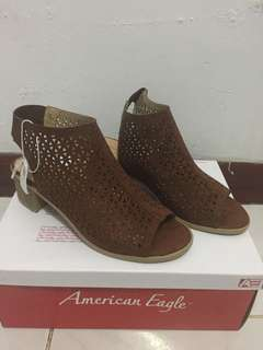 High heels brown