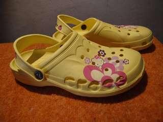 CROCS hello kitty sandal sepatu anak