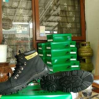 Handmade bandung sepatu safty
